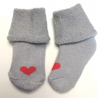 Носочки махровые серые с кр. сердечком 6-8 см
